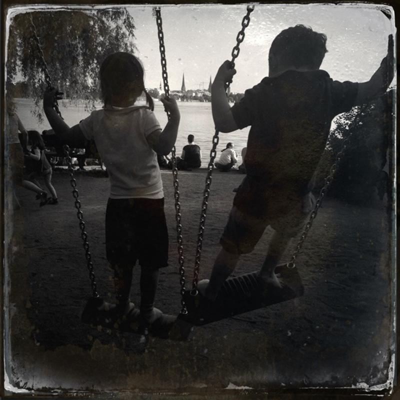 http://zenderphoto.com/files/gimgs/40_s24.jpg