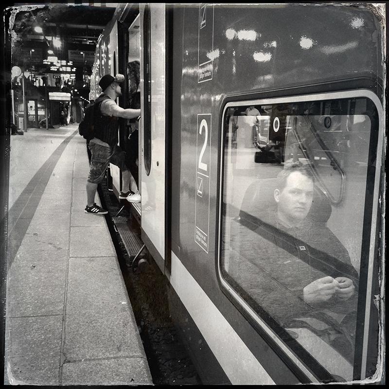 http://zenderphoto.com/files/gimgs/40_s70.jpg